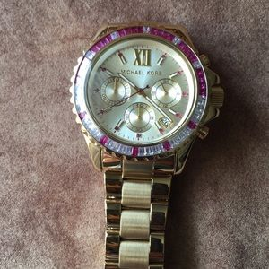 NWOT AUTHENTIC MICHAEL KORS PINK CRYSTALS WATCH